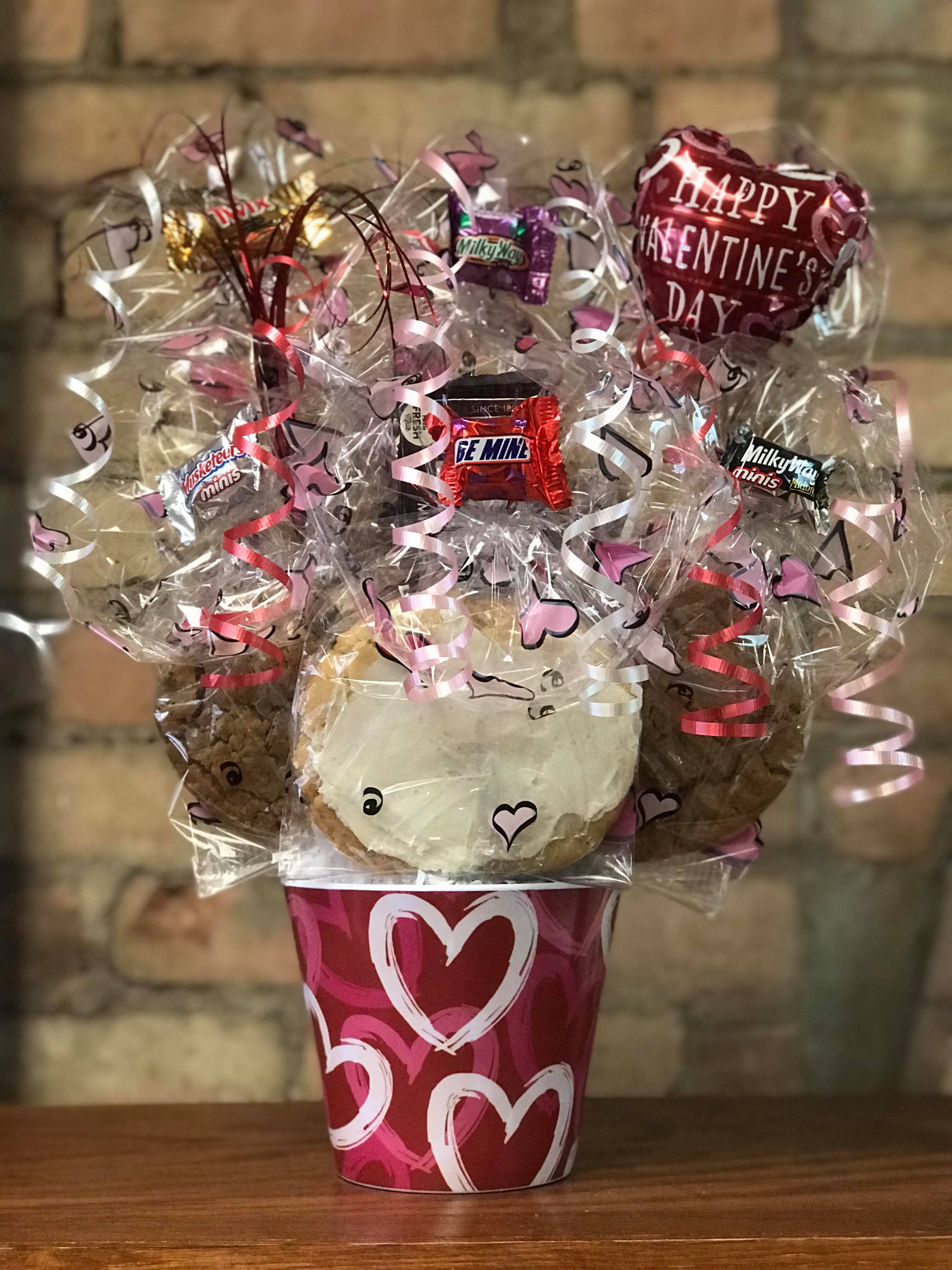 Red, White, & Pink Hearts Melamine Cookie Bouquet