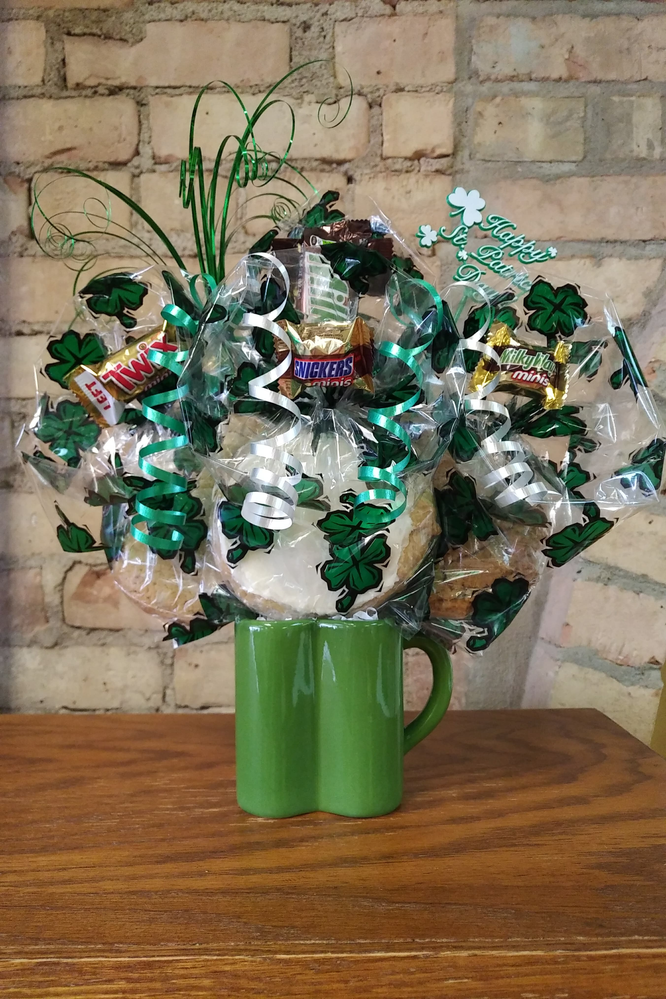 Shamrock Mug Cookie Bouquet