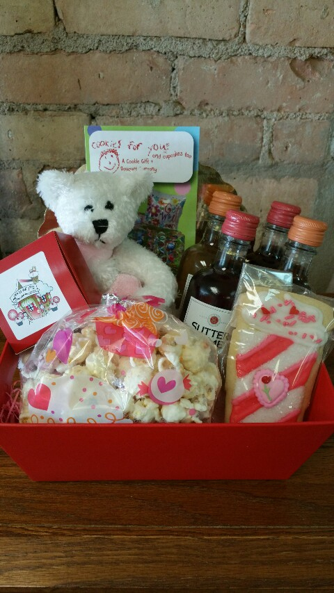 Mini Wine Valentine's Day Basket
