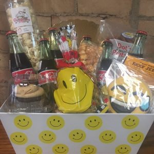 Smiley Face Pop Basket