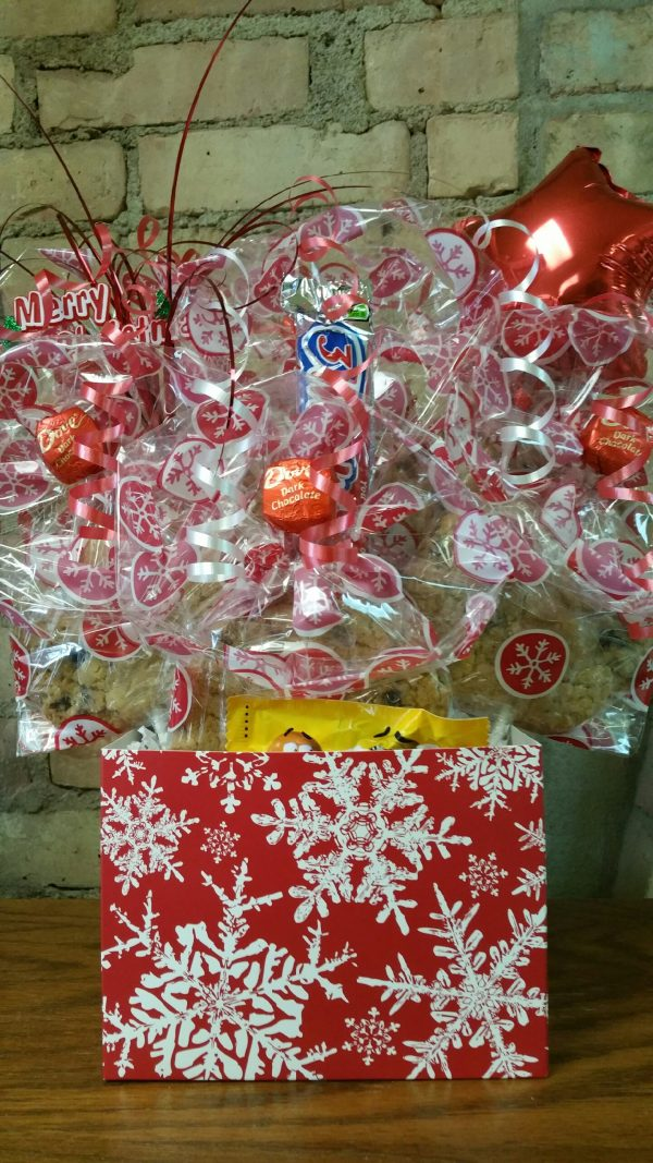 Red Snowflake Cookie Bouquet