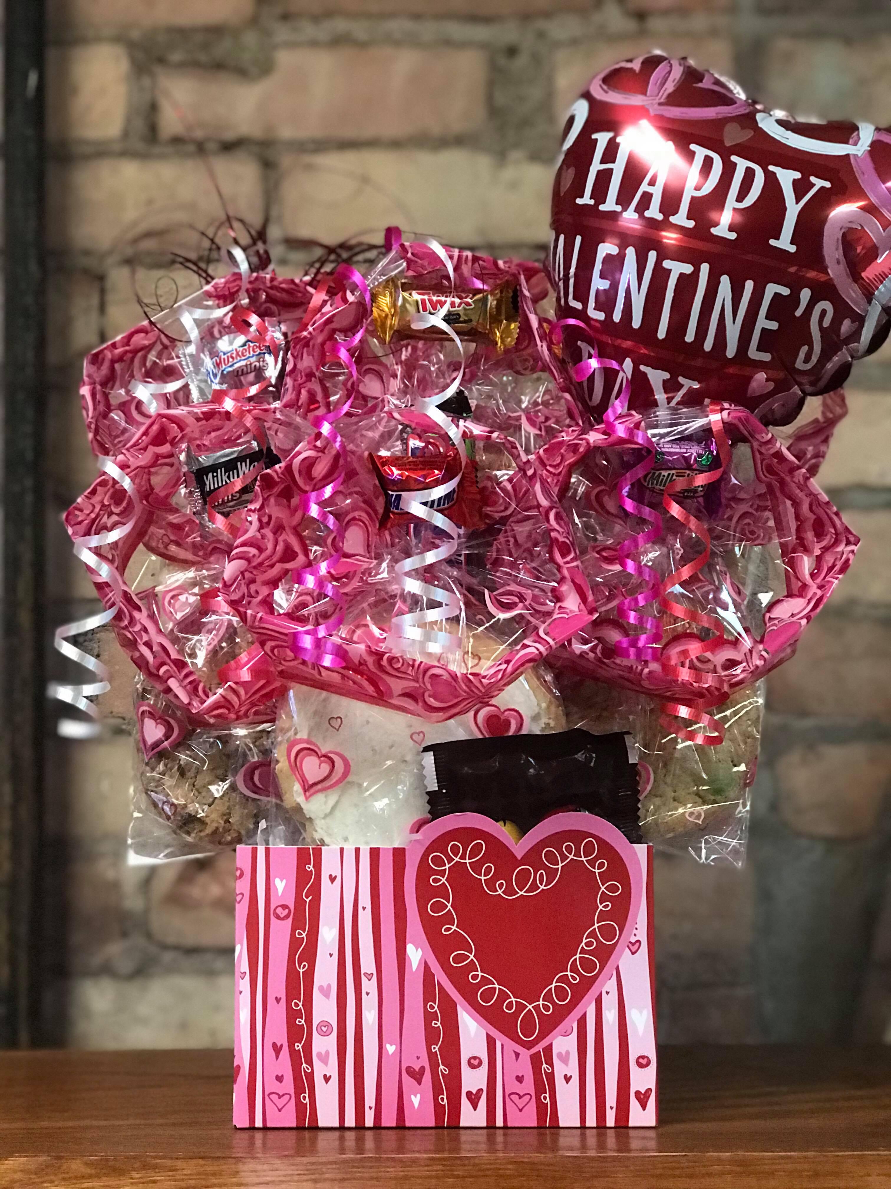 Swirly Heart Diecut Box Cookie Bouquet