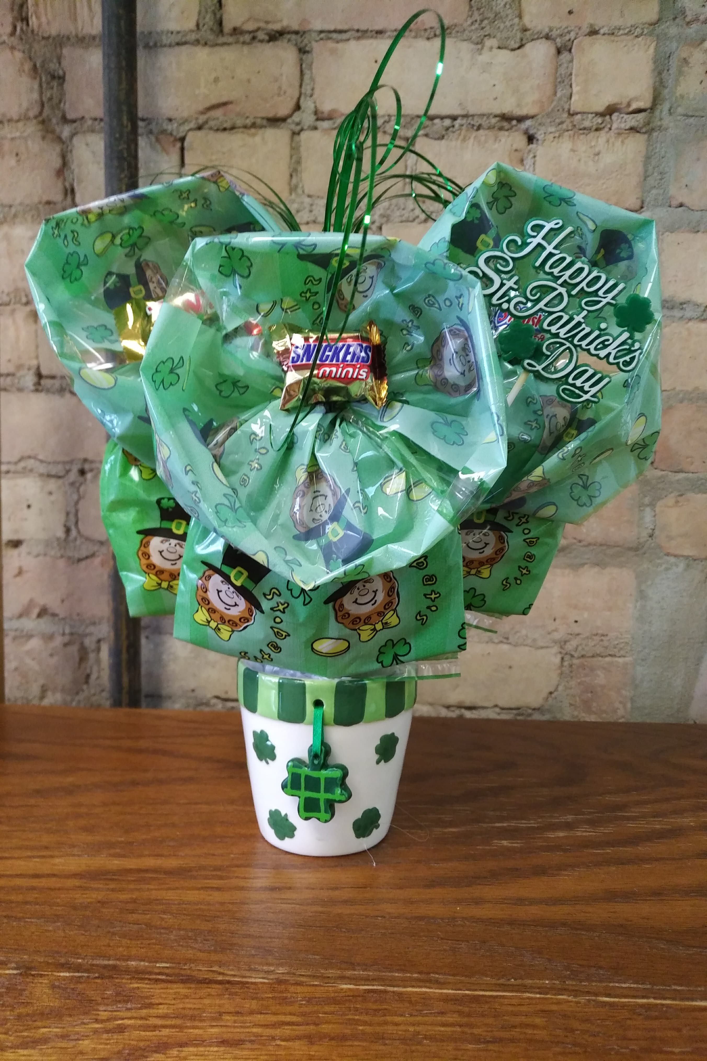 Shamrock Mini Planter Cookie Bouquet