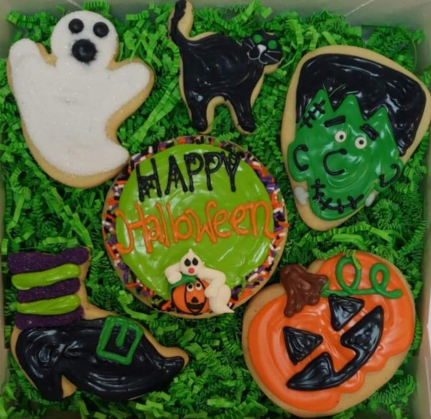 6 Assorted Decorated Cookies in a Box
