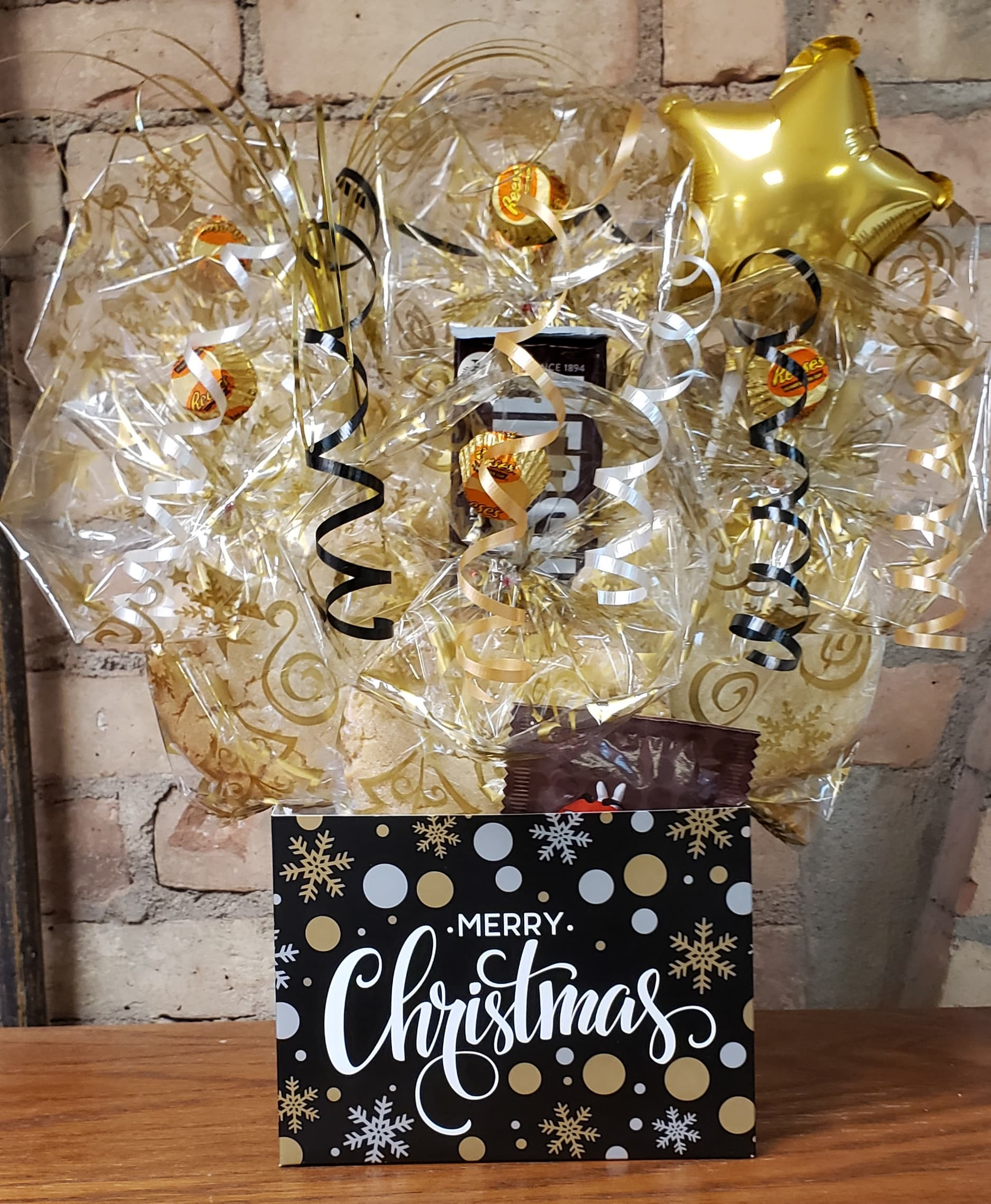 "Black, Silver, and Gold ""Merry Christmas"" Diecut Cookie Bouquet"